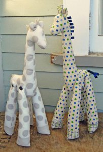 stuffed-giraffes